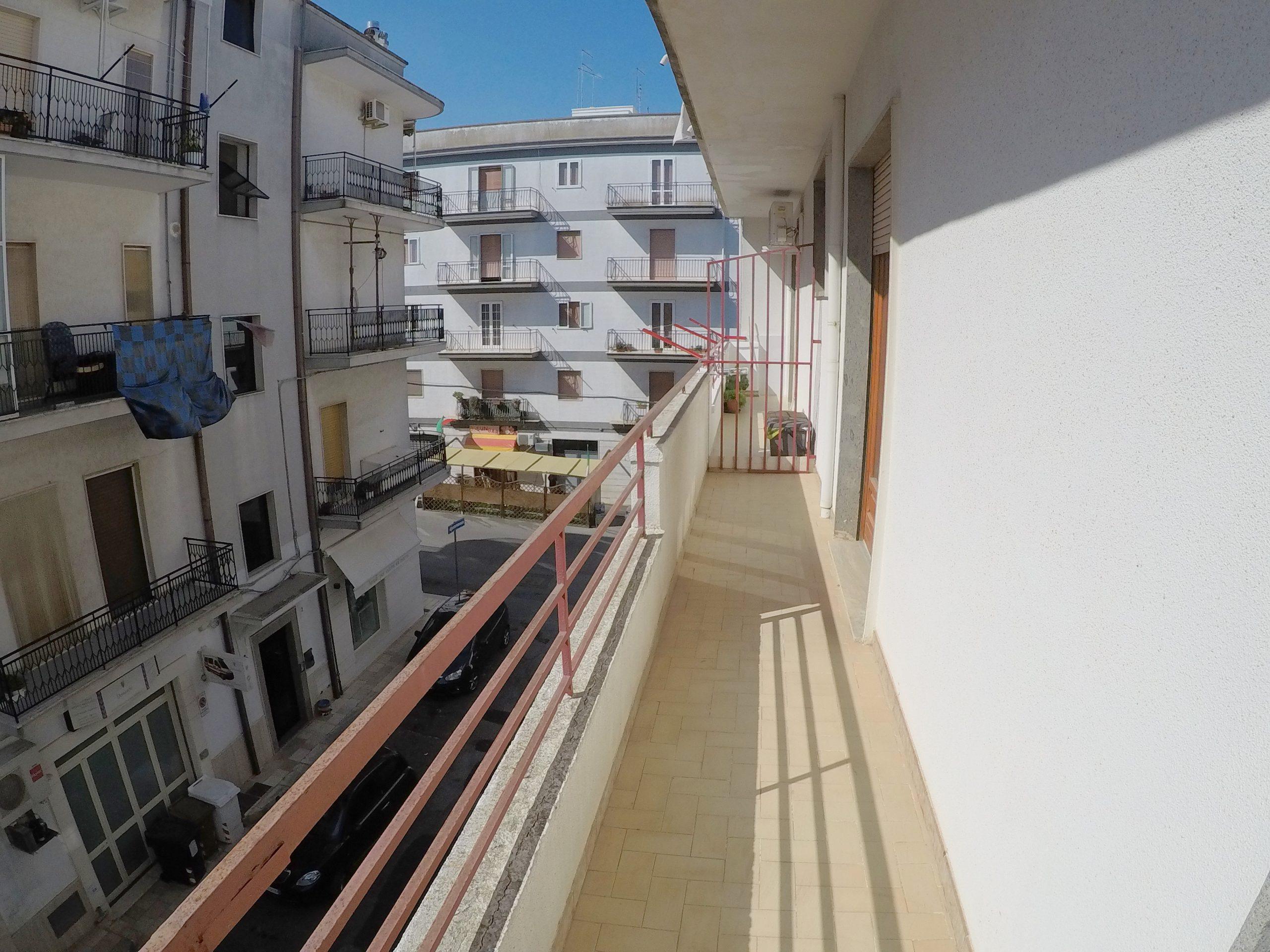 Appartamento 2 Piano – Via Antonio Biondi